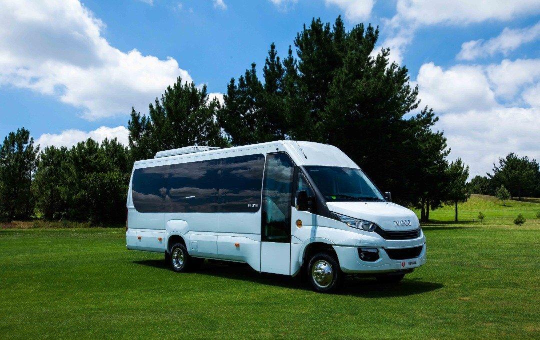 Mini Bus Iveco UNVI 6