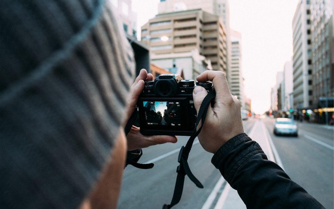¿Qué cámara fotográfica comprar para novatos?